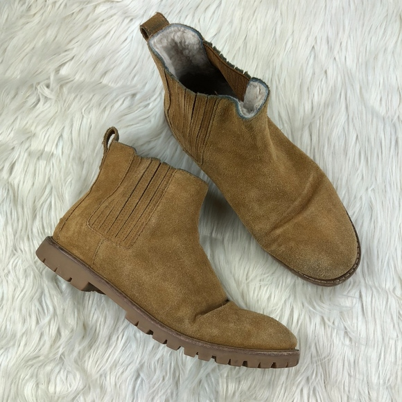 d3560474e0f Madewell Shoes - Madewell Shearling Lined Chelsea Boots
